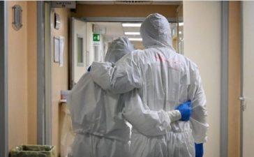 Inyectarán respiro económico a trabajadores de salud que no reciben sueldo desde enero