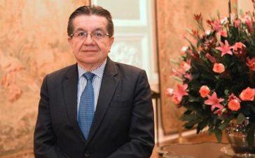 """""""Permitiremos el pico, cuando tengamos 10 mil camas instaladas"""" • La Nación"""