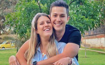 Sebastián Vega y su esposa dejaron ver por primera vez a su bebé