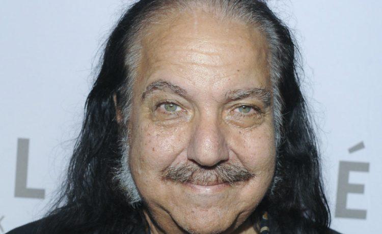 Llevó lo peor del porno a la vida real: acusan a Ron Jeremy de violar a 3 mujeres