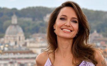 Ni Brad Pitt lo vio venir: Angelina Jolie con el vestido negro que dio de qué hablar