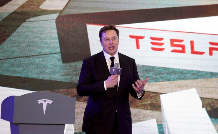 """Elon Musk anuncia que Tesla revelará """"muchas novedades emocionantes"""" en el evento del 'día de la batería'"""